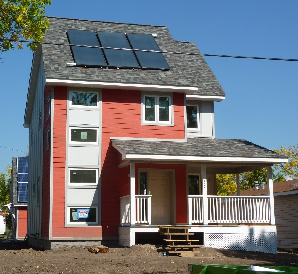 Twin Cities Habitat + School of Architecture Net Zero Home